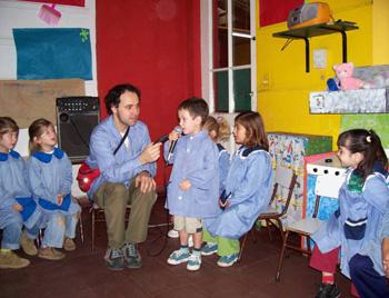 Museo de educaci n inicial for Azul naranja jardin de infantes